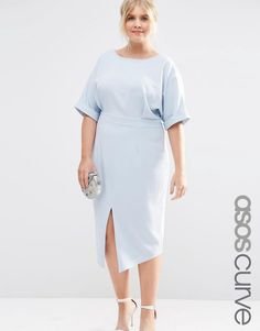 Buy ASOS CURVE Plain Wiggle Cut Out Back Dress at ASOS. Get the latest trends with ASOS now. Womens Clothing Stores, Plus Size Womens Clothing, Size Clothing, Clothes For Women, Clothing Sites, Office Wear Plus Size, Curvy Fashion, Plus Size Fashion, Plus Size Dresses