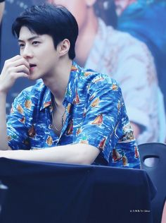 170813 - #Sehun at Gwanghwamun HotTracks fansign.