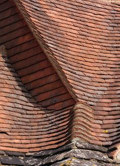 Goddards - roof - E.L. Lutyens, Architect