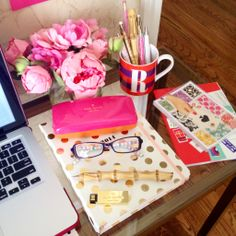 Live Colorfully Story with All Things Kate Spade desk style