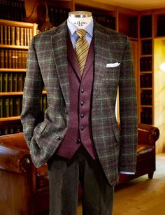 men's outfits a wake Big Men Fashion, Mens Fashion Suits, Mens Suits, Mens Dress Outfits, Men Dress, Cool Outfits, Men's Outfits, Sharp Dressed Man, Well Dressed Men