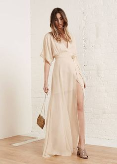 8 Gorgeous Dress Options For Your Rehearsal Dinner