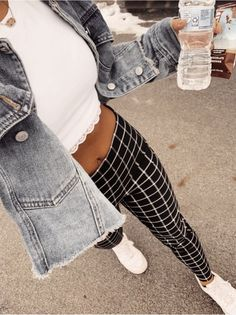 Vsco - gurl-moods clothes in 2019 kleidung, outfit, outfit i Crop Top Outfits, Casual Summer Outfits, Fall Winter Outfits, Spring Outfits, Cute Outfits, Date Outfit Summer, Junior Outfits, Jean Outfits, Summer Clothes