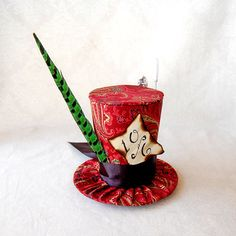 Tiny Top Hat Traditional Mad Hatter The Tea Party by littlecasaroo, $35.00