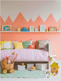 Peppe die Wände mit Mustern auf