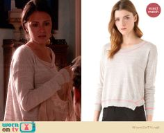 April's grey sweater with pink trim on Chasing Life.  Outfit Details: http://wornontv.net/33880/ #ChasingLife