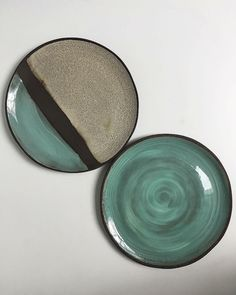 One from sometime ago: Neapolitan (top left) and Oreo, both in Turquoise. Handbuilt in black stoneware clay. . . . . #pottery #ceramics #stoneware #potter #twinearthceramics #dinnerware #food #tabletop #cheflife #foodblogger #restaurant #michelinstar #rustic #tableware #styling #textures #minimal #design #natural #handbuilt #handmade #propshop #platesforchefs #chefsofinstagram #plate #naturallight #sustainability #recycle #maker #makersgonnamake #restaurantdesign
