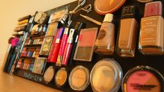 Attached all my make-up to a painted board with velcro :D