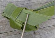 weaving a flax fantail step 22
