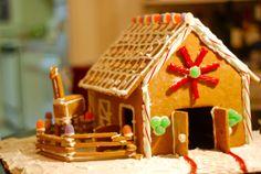 Gingerbread Horse Barn! So adorable.