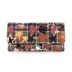 The Tartan Sea Monster print clutch bag will rock any outfit from a pair of jeans to an evening dress.
