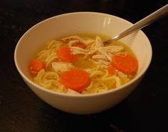 NY Food Journal's recipe for homemade chicken noodle soup, perfect for cold winter or rainy days! Chowder Recipes, Soup Recipes, New York Food, Soup Kitchen, Chicken Noodle Soup, Food Journal, How To Cook Eggs, Original Recipe
