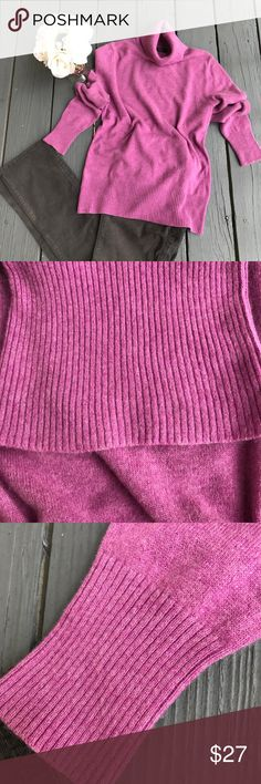 Apt 9 100% cashmere sweater Excellent condition. Size large.  Sweater will be delivered gently steamed and beautifully wrapped in tissue 🛍Bundle & save! 15% off 3 or more items👛💐 Apt. 9 Sweaters Cowl & Turtlenecks