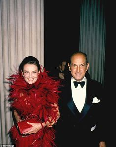 """A meeting of legends: Oscar De la Renta pictured with the late Audrey Hepburn in NYC in 1988  """"Age is in your mind. My passion, my spirit, my joy for life remains"""".. Rest in Peace Oscar De La Renta   #RIP"""