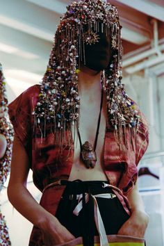 "Modeconnect.com Fashion News - January 23, 2014 – ""Expertly remade, repurposed & reinterpreted"" @ DazedMagazine on Margiela Artisanal SS14 prints & tattoo embroidery"