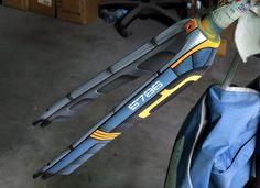 Aero bike fork & spaceship style painted