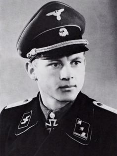 SS-Obersturmbannführer Michael Wittmann in 1944