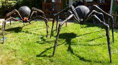 Table Halloween, Halloween Outside, Halloween Spider Decorations, Halloween Forum, Halloween 2016, Outdoor Halloween, Halloween Projects, Halloween Design, Holidays Halloween