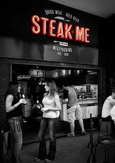 Pos Imagem, a design firm out of Brazil, has used a rough meets vintage design aesthetic to craft this brand for Steak Me. The inspiration is traditional NY street food style which is seen through the neon signage style, and art deco style typography. …