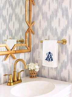 our blue and white powder room reveal   a lonestar state of southern
