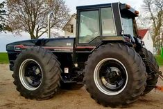 International Tractors, International Harvester, Farmall Tractors, Red Tractor, Classic Tractor, Heavy Machinery, Old Farm, Farm Life, Techno