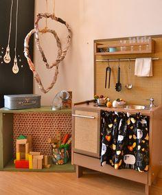Play Kitchen #woodentoy #woodenkitchen #macarenabilbao