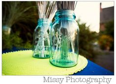 Sparklers in a mason jar - just add a patriotic ribbon and it's a cute 4th of July centerpiece!