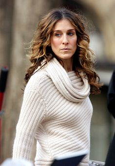 Celebrate SJP's birthday with Carrie Bradshaw's best hair moments from #SATC!