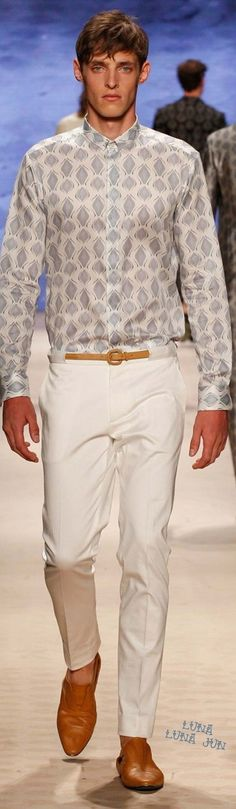 Etro Spring 2016 Menswear | Luxury Casual | Men's Fashion & Style | Shop Men's Clothes, Men's Apparel, Moda Masculina at designerclothingfans.com