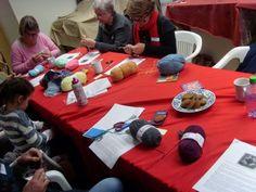 Hekel Idees: Gratis Patroon: Vingerlose Handskoene. Afrikaans, Crochet Patterns, Inspiration, Home Decor, Biblical Inspiration, Decoration Home, Room Decor, Crochet Pattern, Crochet Tutorials