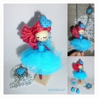 Collar de muñeca/Doll necklace