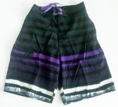 Mens Swim Trunks with Elastic Waist, 2 Side Inseam Pockets, Side Cargo Pockets. Faux Fly Front, Mesh lined. Black/Purple S...