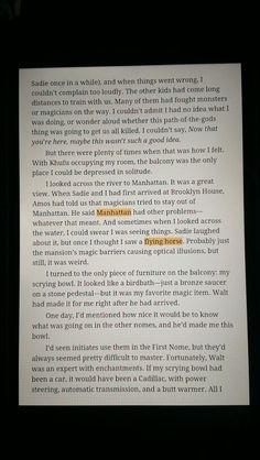 Páginas 88-89 del libro ''El trono de fuego'', el segundo volumen de ''Las Crónicas de Kane''. En estas páginas se demuestra que Carter Kane vio indicios del mundo de Percy Jackson, otra saga de Rick Riordan, ya que cree ver un caballo volador, osea, un pegaso, en Manhattan.
