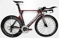 New Stradalli Full Carbon Time Trial Bike. Shimano Ultegra 6800 11 Speed. Stradalli 50-85mm Carbon Wheels.
