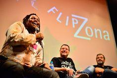 || Bem-vindos à Flip.Zona 2016 ||  Está dada a largada para a edição 2016 – que reúne jovens escritores, empoderamento e plataformas digitais. Curtiu? Fique por dentro da programação em flipzona.org.br  (Mesa da FlipZona 2015, foto de Iberê Périssé)  #Flip #Flip2016 #FLIPse #Flipinha #FlipZona #literatura #educação #OffFlip #SeloOffFlip #cultura #turismo #arte #VisiteParaty #TurismoParaty #Paraty #PousadaDoCareca #PartiuBrasil #MTur #boatarde #boatardee