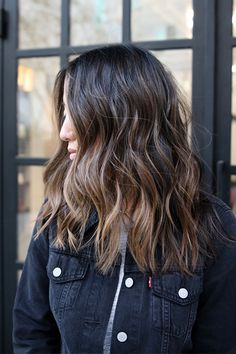 """L.A.'s Raddest Hair Colorist Spills The Looks You'll Want In 2017  #refinery29  http://www.refinery29.com/cherin-choi-la-hair-color-transformations#slide-15  What To Ask For: Full, caramel highlights with brighter ends and darker roots.Client Julie Jung had nearly virgin hair, short of some old color at her ends, so Choi gave her dark strands a full highlight, opting for caramel tones and a lighter finish at her ends paired with barely any color at the roots. Upkeep: """"Toner every three…"""
