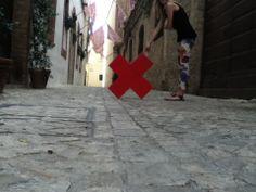 Un vicolo del centro storico di #Foligno #Italy