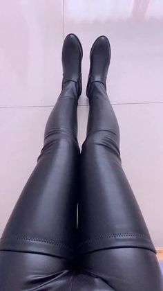 Gloves Fashion, Fashion Tights, Thigh High Boots, High Heel Boots, Crotch Boots, Botas Sexy, Cute Boots, Long Boots, Sexy High Heels