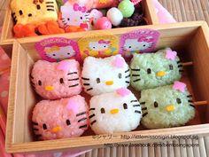 Little Miss Bento  シャリーのかわいいキャラベン: ハローキティの団子キャラ弁 Hello Kitty Dango Kyaraben