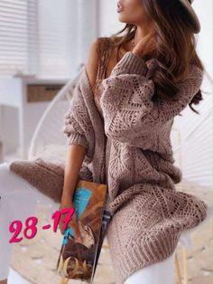 Poncho Knitting Patterns, Knitted Poncho, Knitting Stitches, Knit Fashion, Look Fashion, Crochet Jacket, Knit Crochet, Long Cardigan, Knit Cardigan