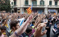 Какое будущее у Каталонии? Наталия Меден  Декларацию о независимости Каталонии глава каталонского правительства подписал одновременно с объявлением моратория на отделение от Испании. Тактику Карлеса Пучдемона французская Le Temps нашла «большим отступлением, достойным Соломона», очевидно, предполагая, что переговоры с Мадридом, на которых настаивает Барселона, позволят предотвратить сецессию. Как поучает каталонцев немецкая Rheinische Post, будущее Каталонии – не сецессия, а широкая…