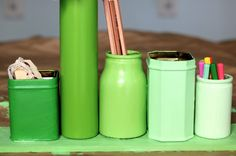 painted desk organizer ! I'd probably do it in multicolor, yellow or white <3