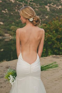 Our favorite bridal style: wedding dresses with unique backs and daring details - Wedding Party