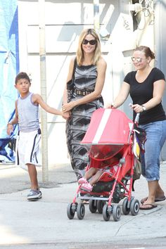 Heidi Klum makes a school run with the kids