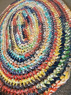 Oval Rag Rug - free crochet pattern by Jessica Fernandez