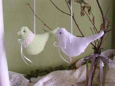 2er Set Vögel nach Tilda, Osterdekoration, von Aus dem Rosengarten auf DaWanda.com