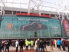 Manchester United - Liverpool FC Liverpool Fc, Manchester United, 2014 Corvette, Traveling, The Unit, Viajes, Man United, Trips