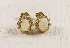 Unique 14K Yellow Gold Ladies 0.50ctw Cabochon Oval Opal With 0.20ctw Diamond Halo Pierced Earrings - 1.9 grams FREE SHIPPING! $235.00