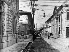 Central street with an electricity post and lamp San José Costa Rica 1916 [1000x759] http://ift.tt/2gwTZHI