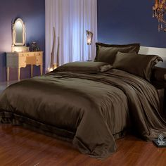 whole silk bedding completes .a whole silk bedding completes . Satin Bedding, Black Bedding, Bedding Sets, Comforter Set, Black Bed Sheets, Silk Bed Sheets, Black Bedroom Decor, Room Ideas Bedroom